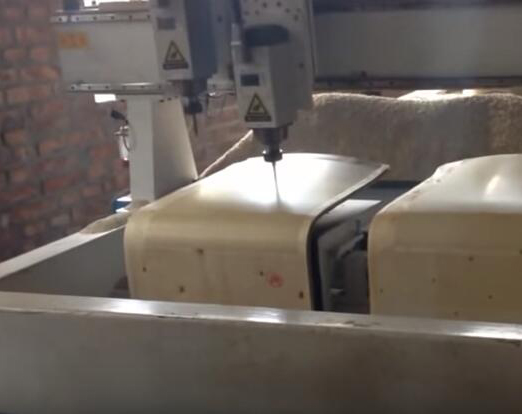 Bent wood Chair cutting machine .jpg