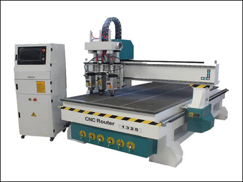 five major characteristics of cnc router wood cutting machine
