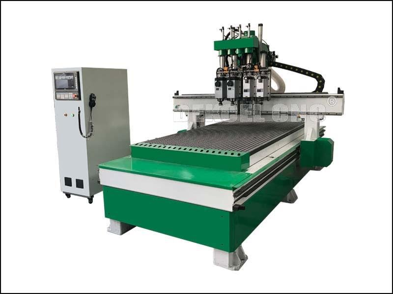 Customized Wooden Furniture Processing Cutting CNC Router Machine Center