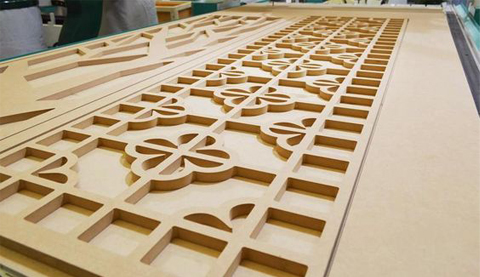wood carving cnc router with two heads.jpg