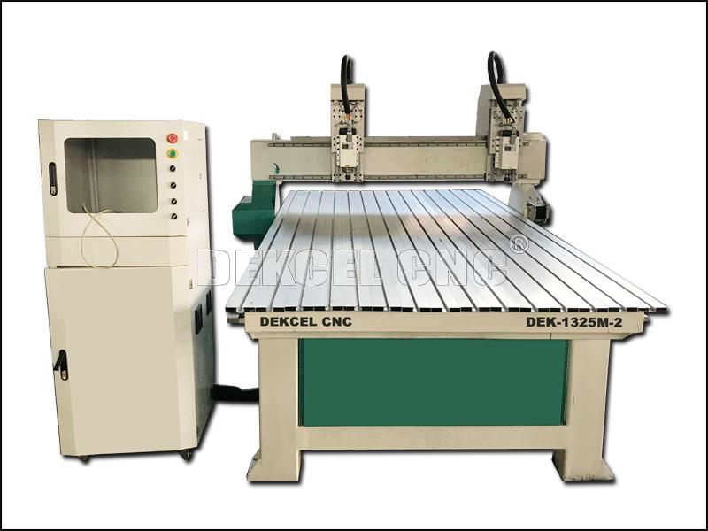 Dual Head Wood Board CNC Cutting and Engraving Router Machine