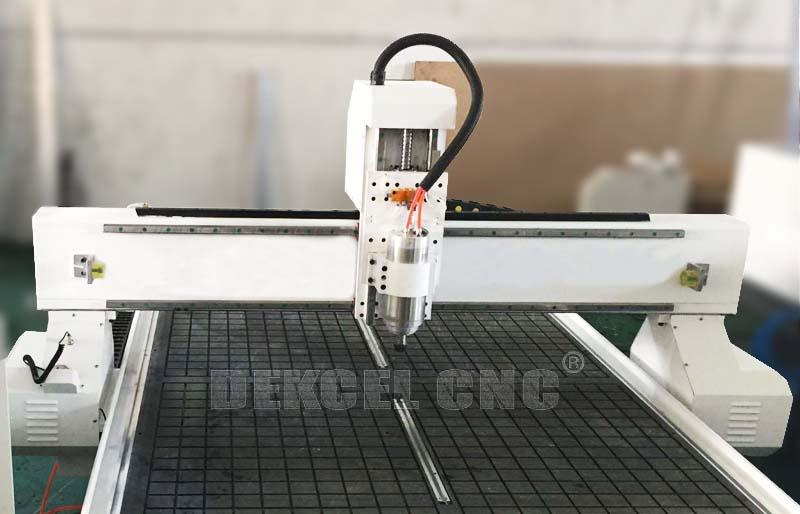 A brief introduction of cnc wood router woodworking machine's vacuum table