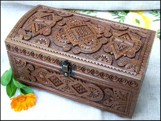 Wooden box engraved by customized cnc wood router